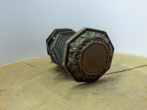 antique copper door knobs photo - 10