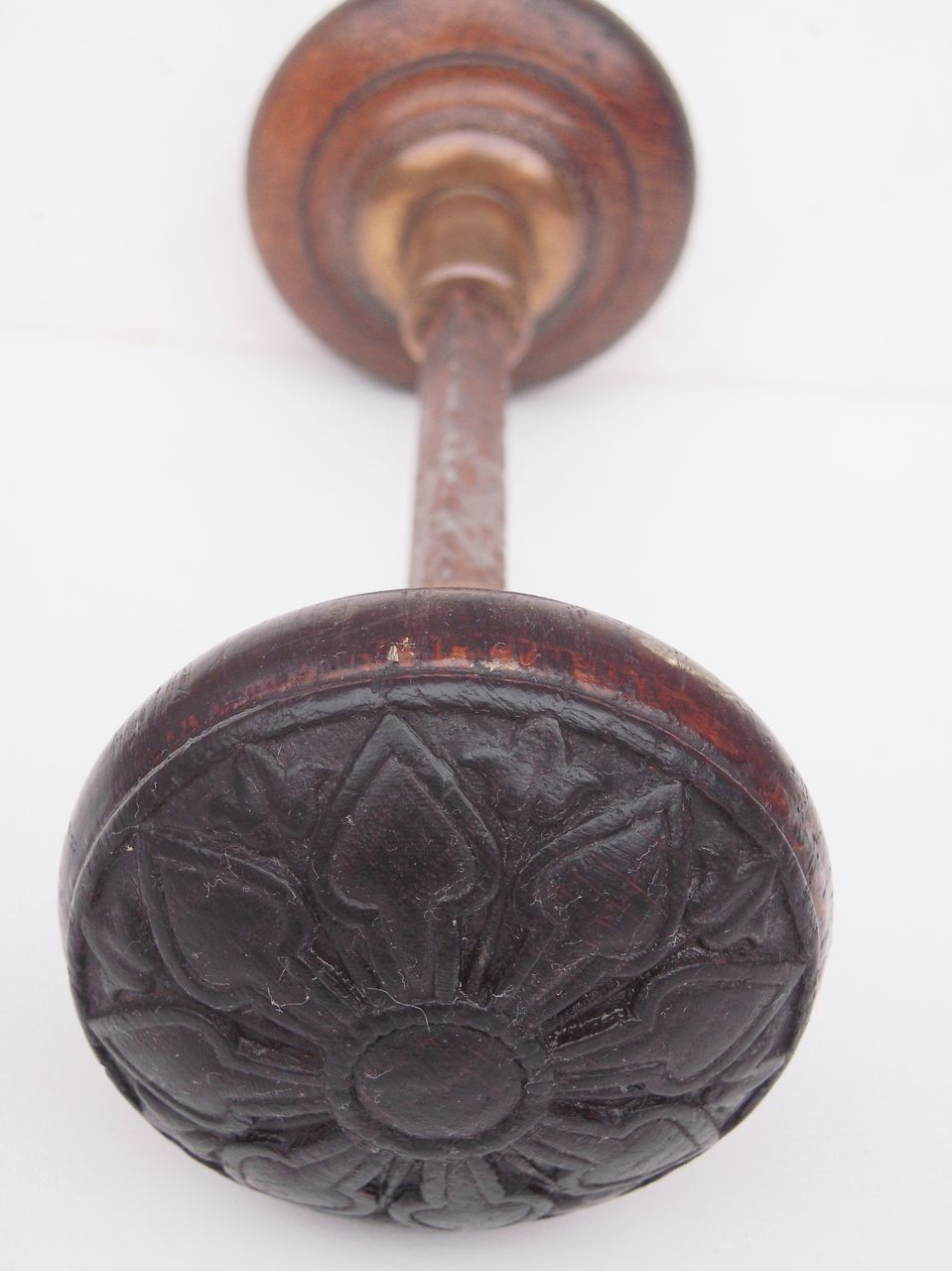 antique wooden door knobs photo - 5