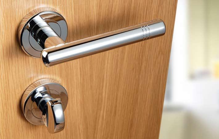 bathroom door knob with lock photo - 14