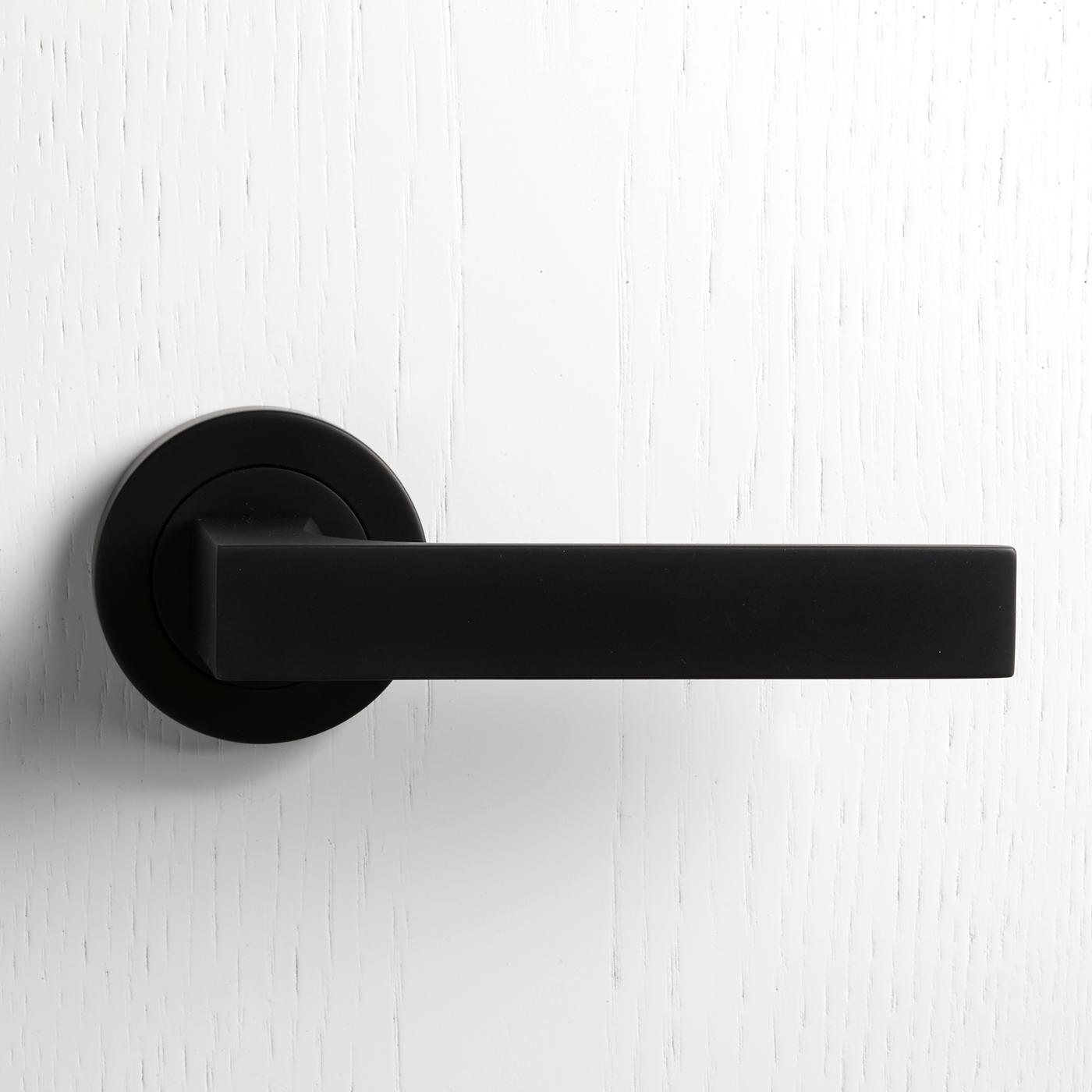 black interior door knobs photo - 9