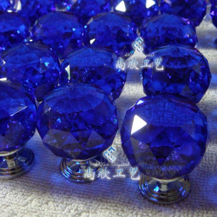 blue glass door knobs photo - 14