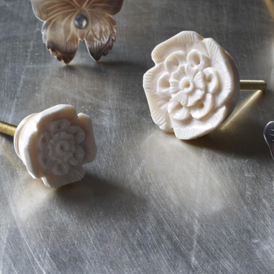 bone door knobs photo - 2