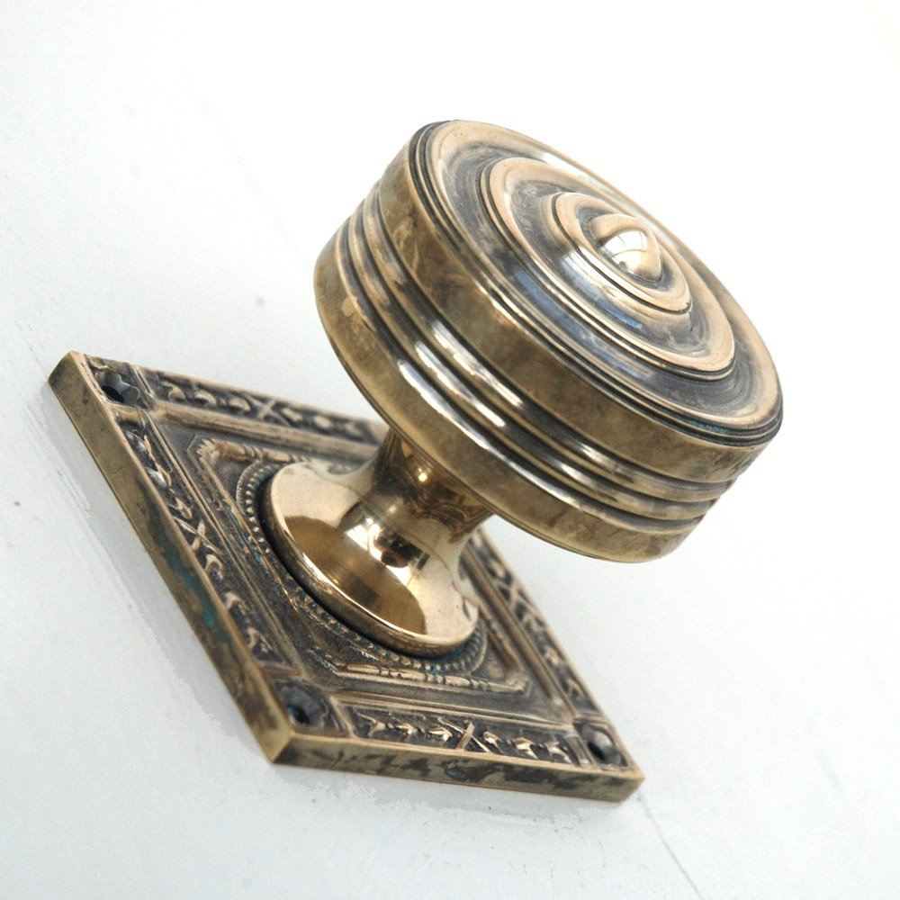 brass door knobs with backplate photo - 9