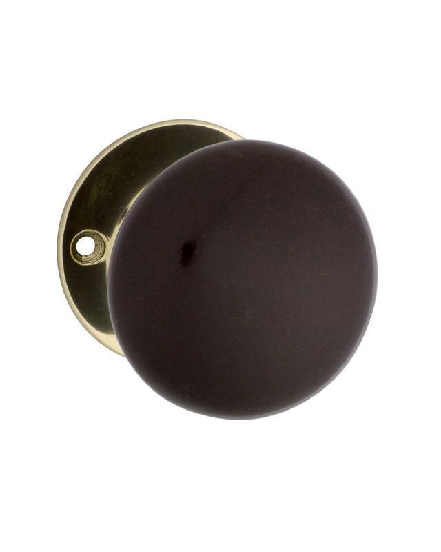 brown door knobs photo - 7