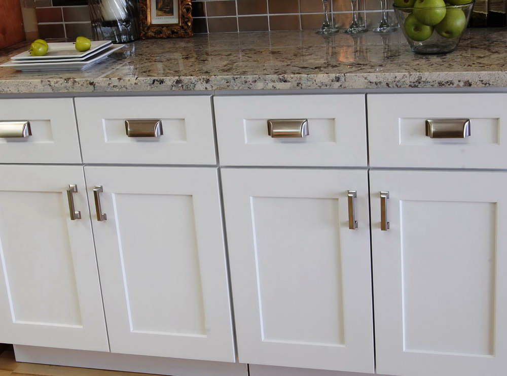cabinet doors handles and knobs photo - 13