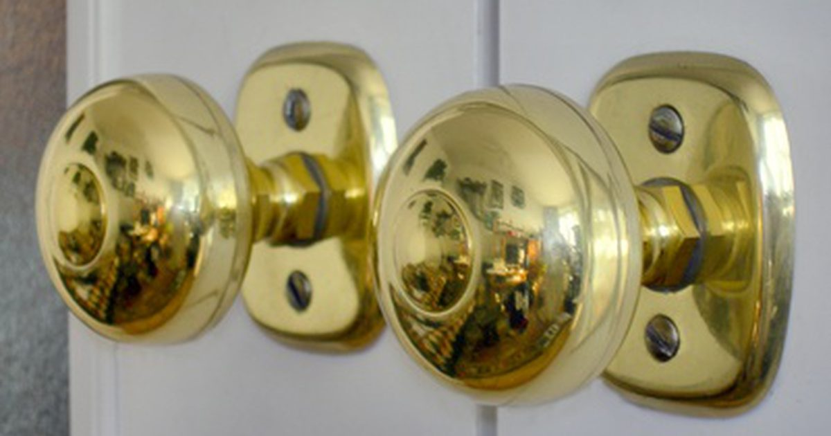 clean brass door knob photo - 1