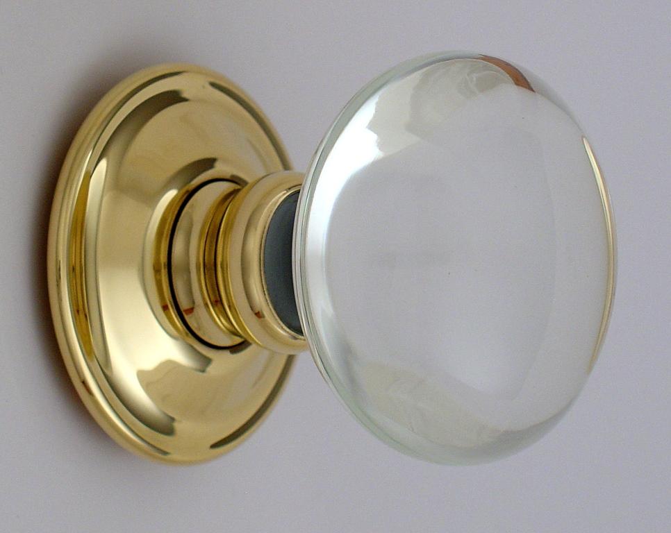 clear glass door knobs photo - 11