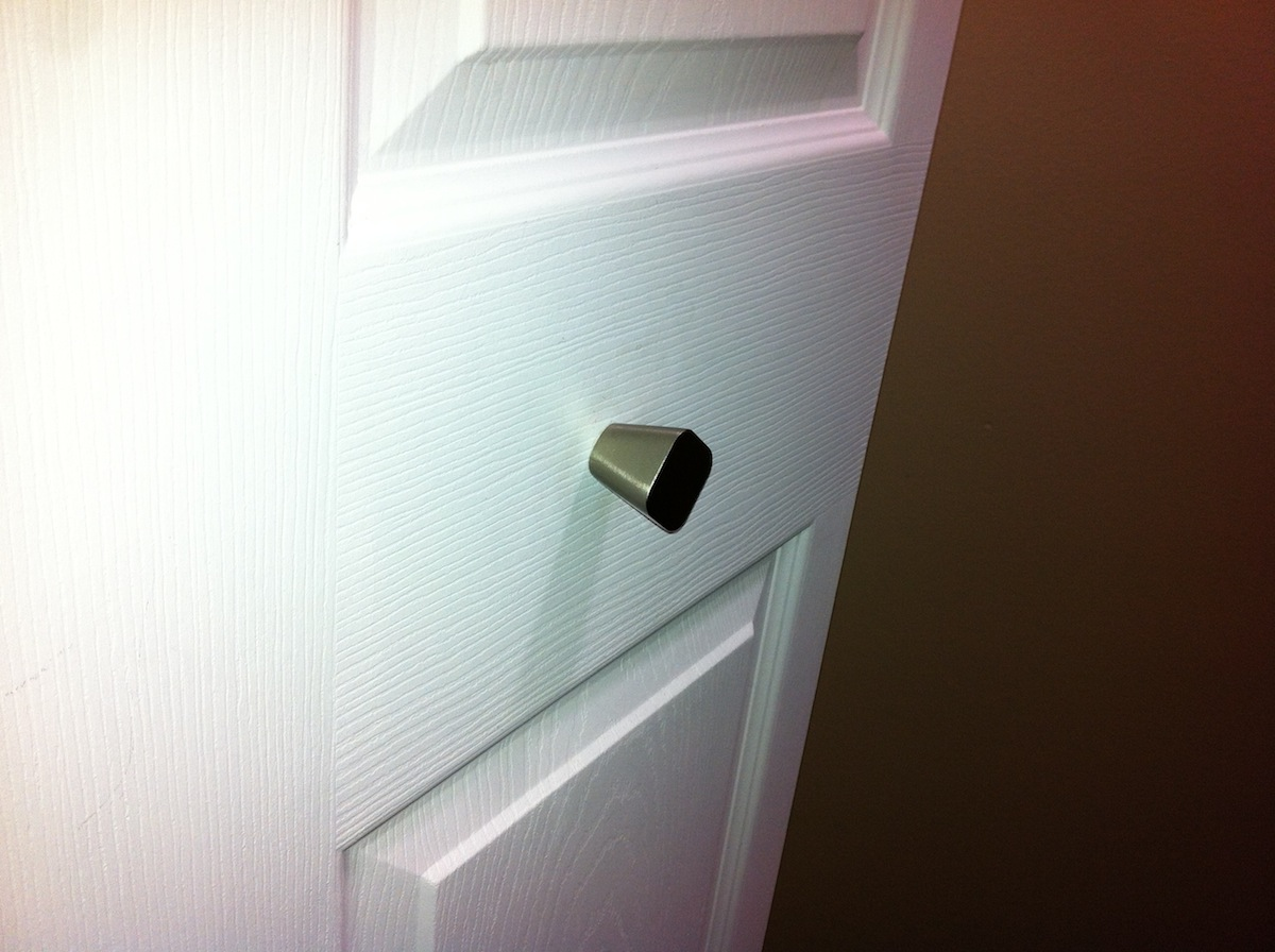 closet door knob photo - 16