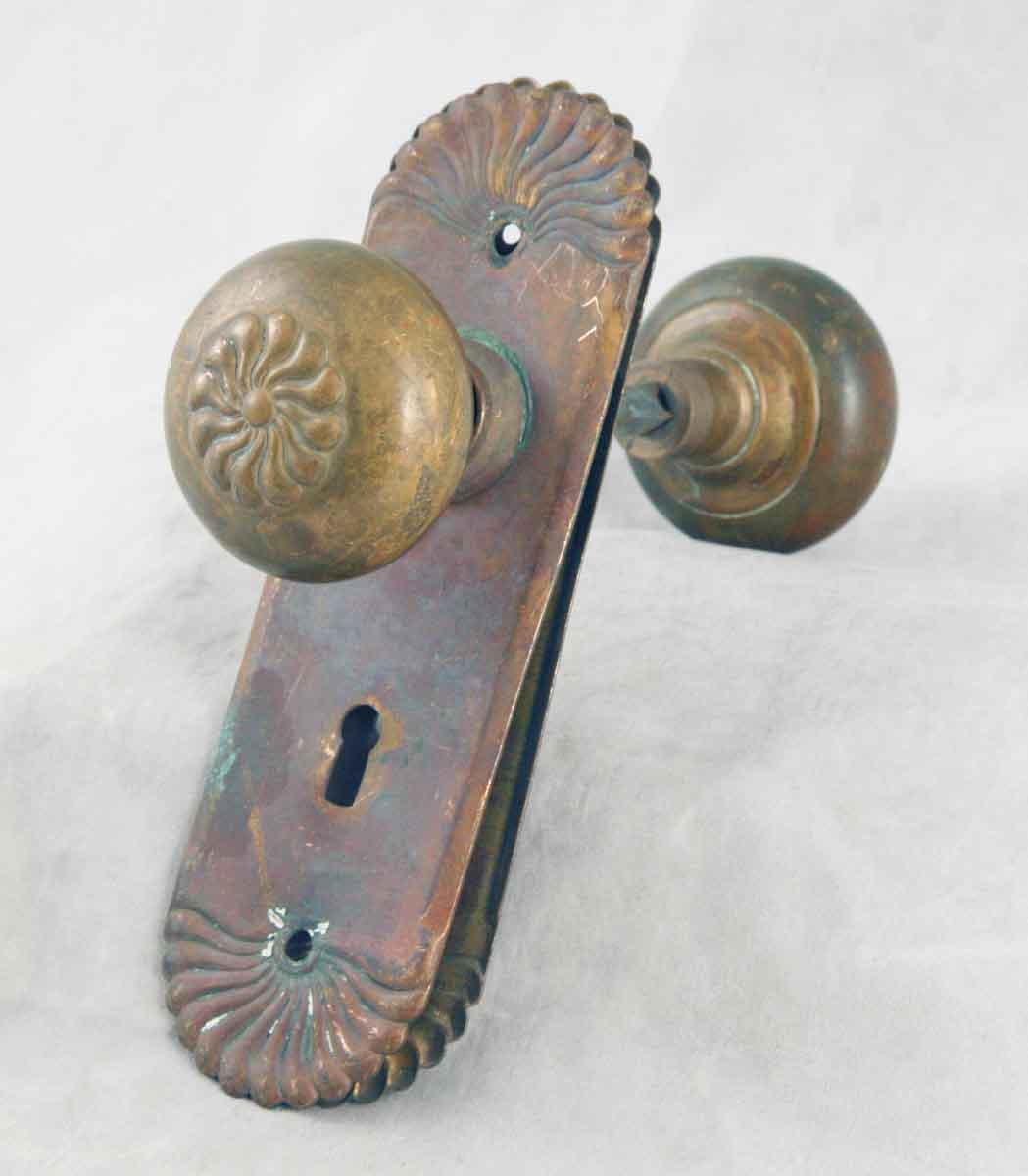 colonial door knobs photo - 13