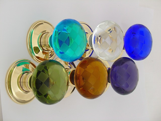 colored glass door knobs photo - 10