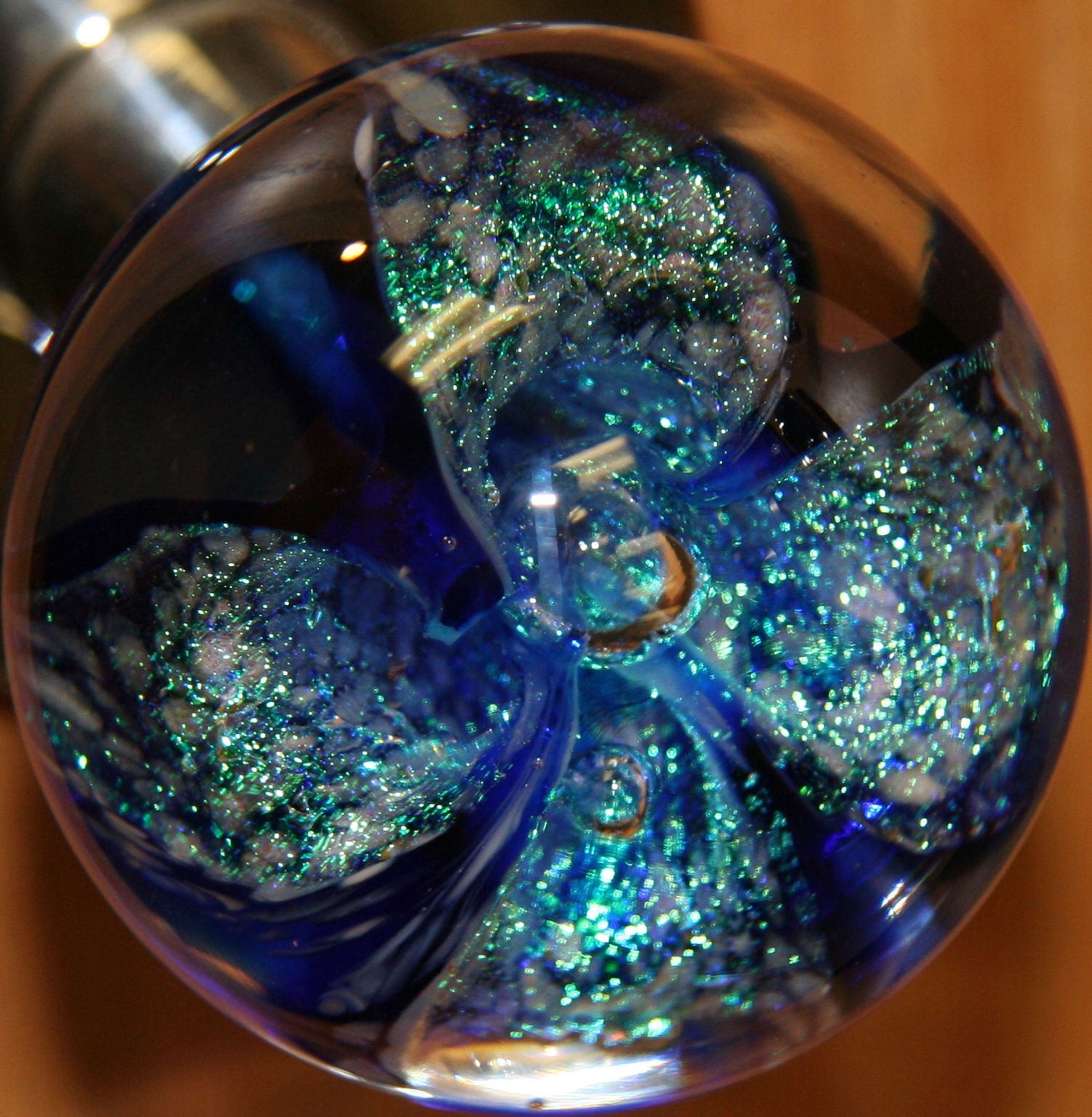 colored glass door knobs photo - 6