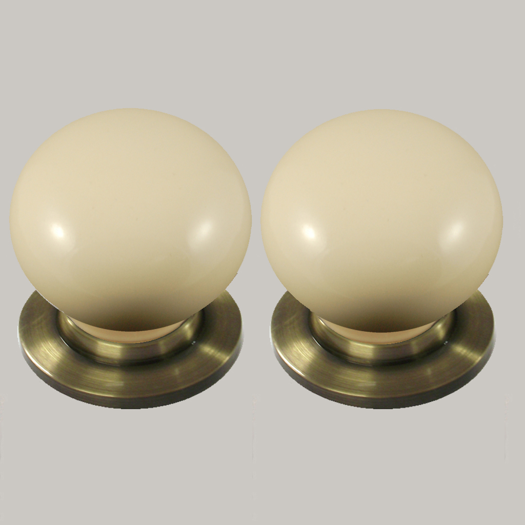 cream ceramic door knobs photo - 10