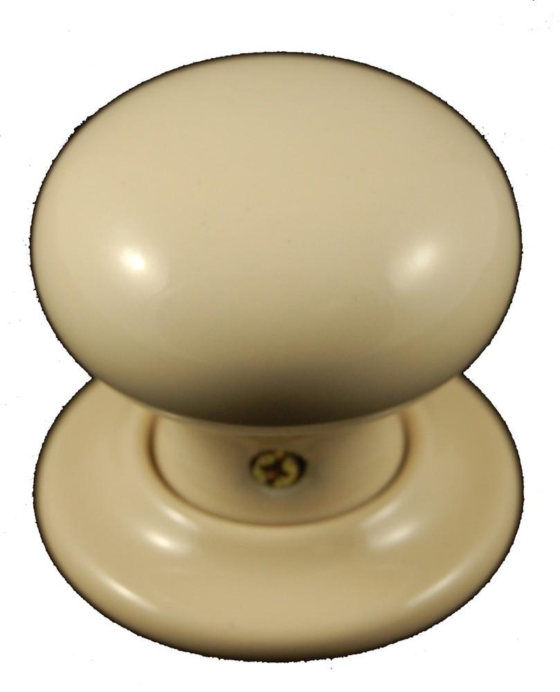 cream door knobs photo - 8