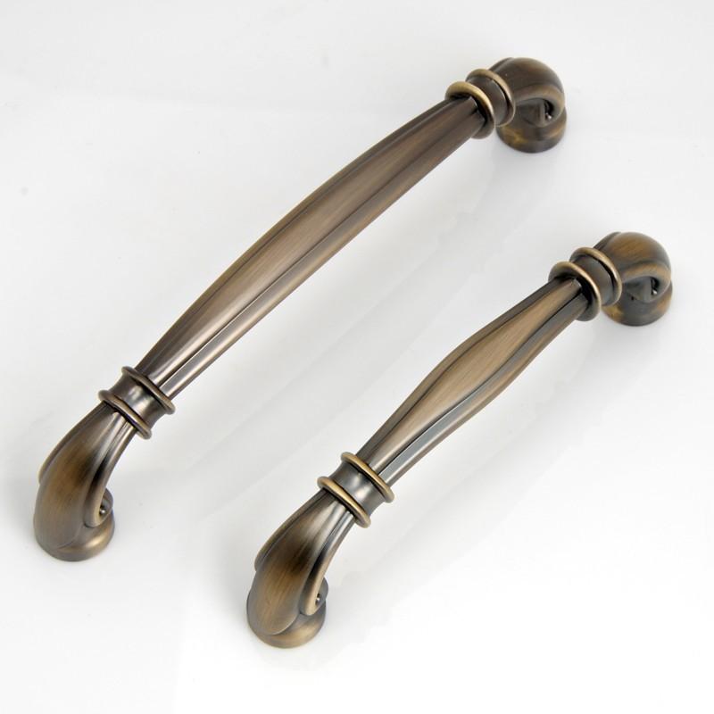 cupboard door handles and knobs photo - 8