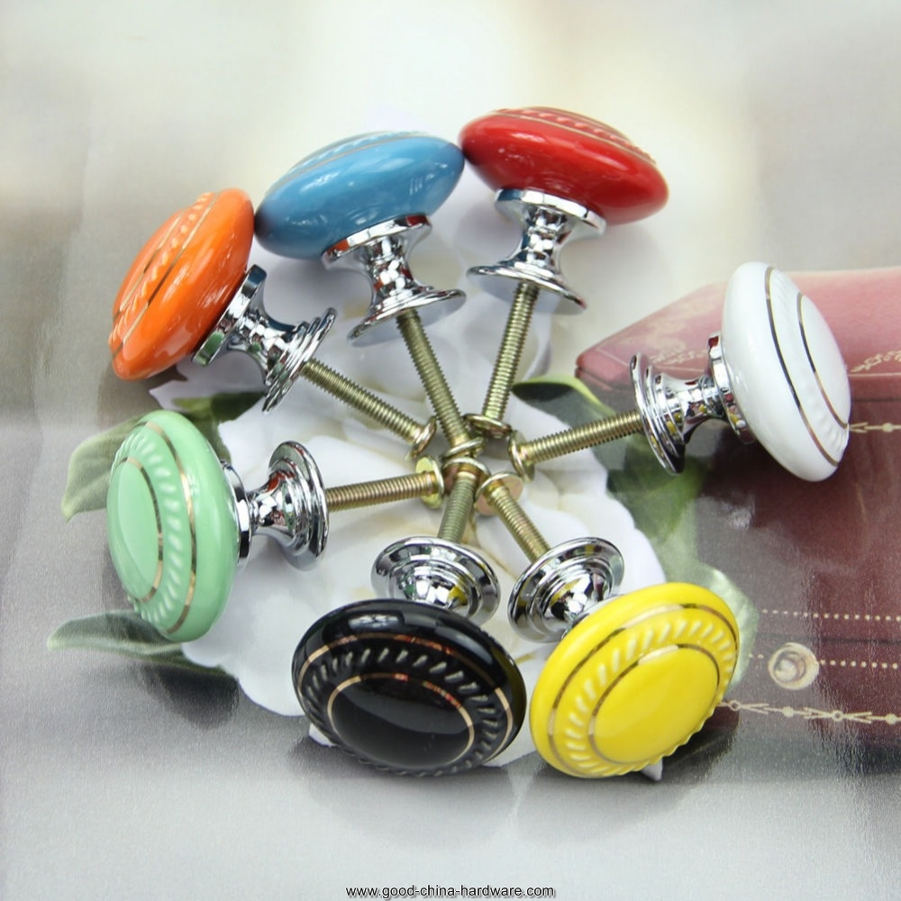cupboard door knobs photo - 11