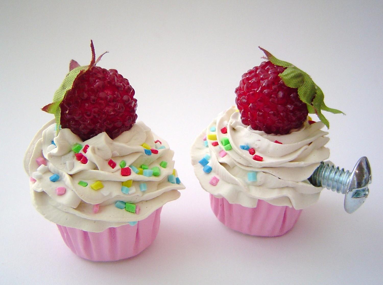 cupcake door knobs photo - 5