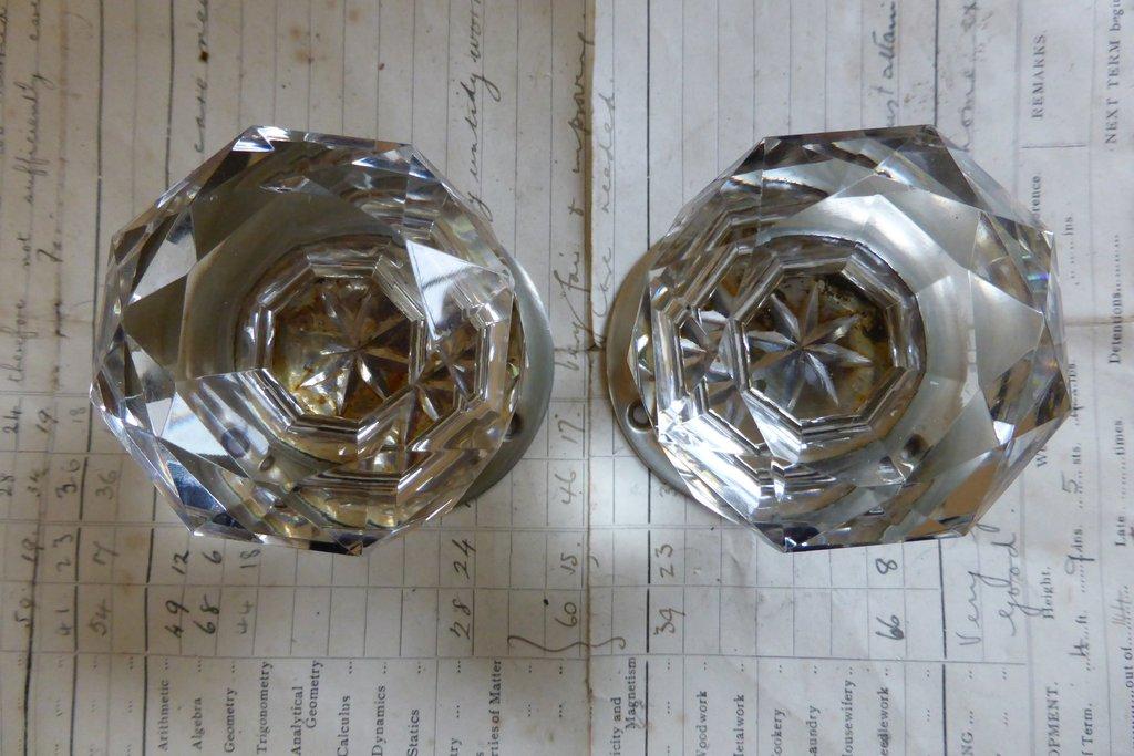 cut glass door knobs photo - 14