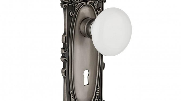 dexter door knob removal photo - 5