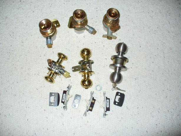 different door knobs photo - 6