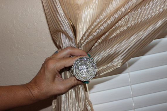 door knob curtain holdbacks photo - 20
