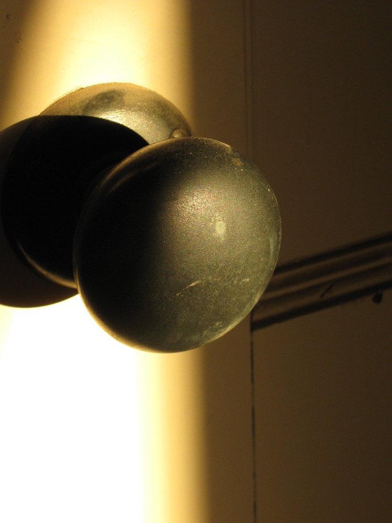 door knob light photo - 3
