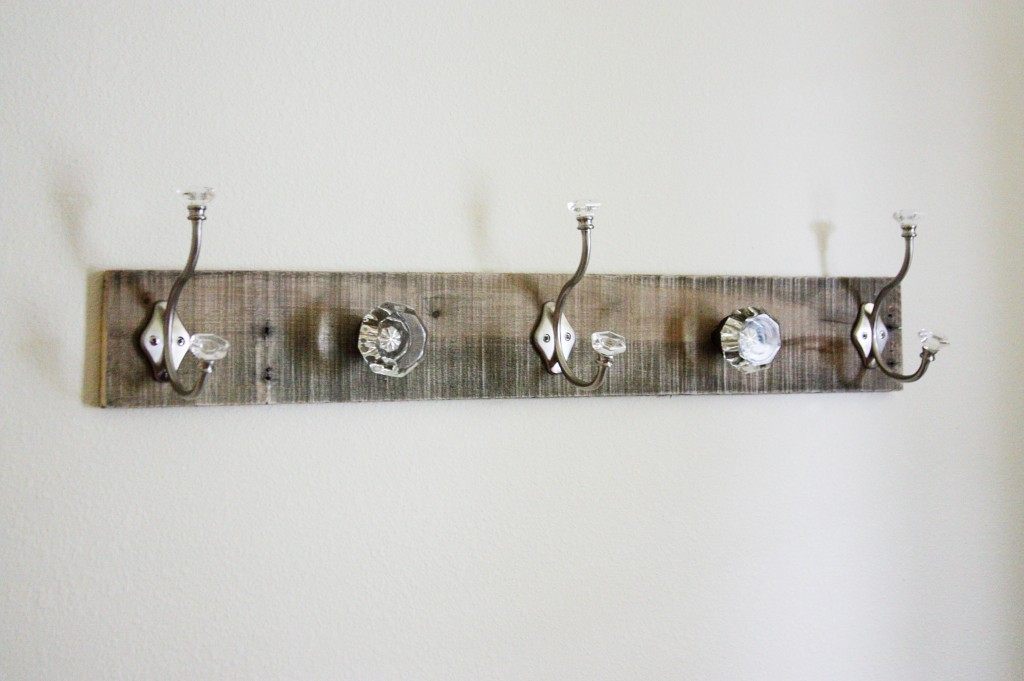 door knobs as coat hooks photo - 4