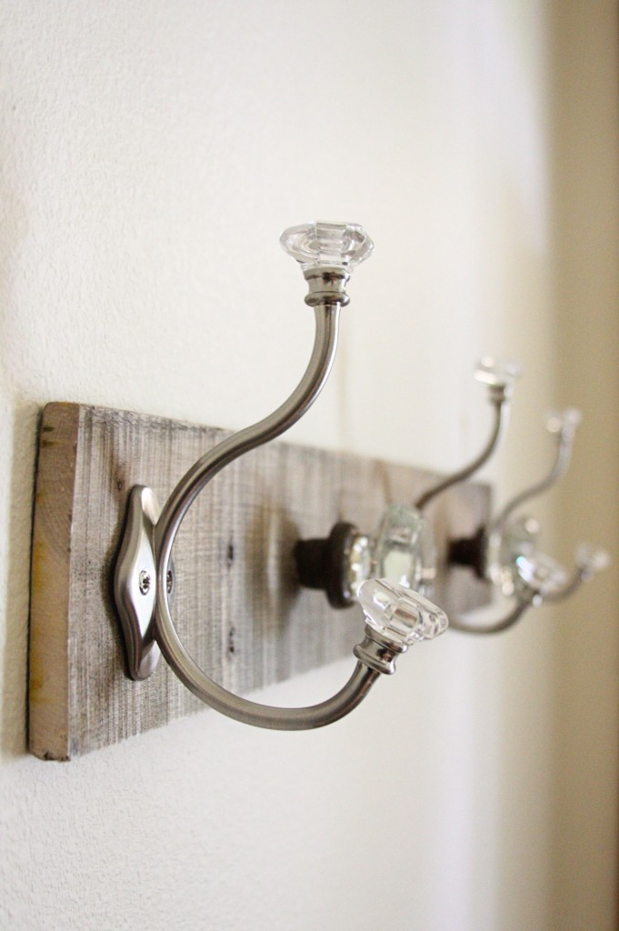 door knobs as coat hooks photo - 8