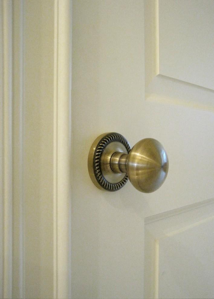 door knobs interior photo - 18