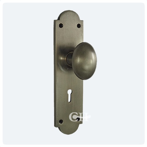 door knobs with backplates photo - 6