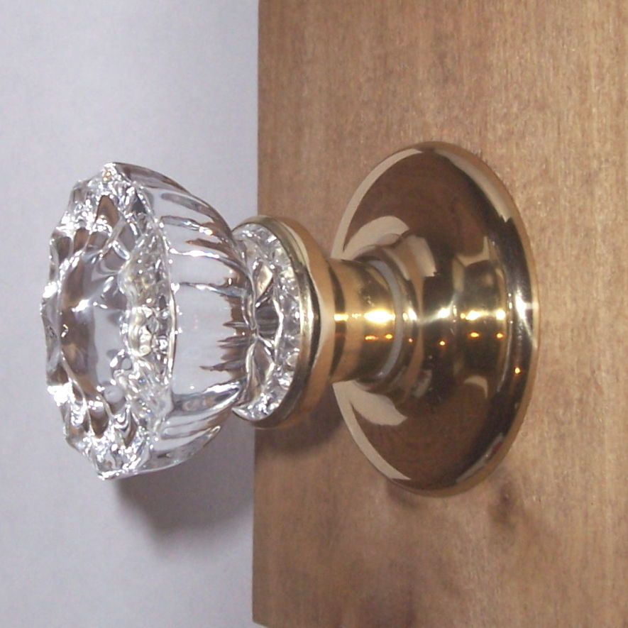 fitting door knobs photo - 18