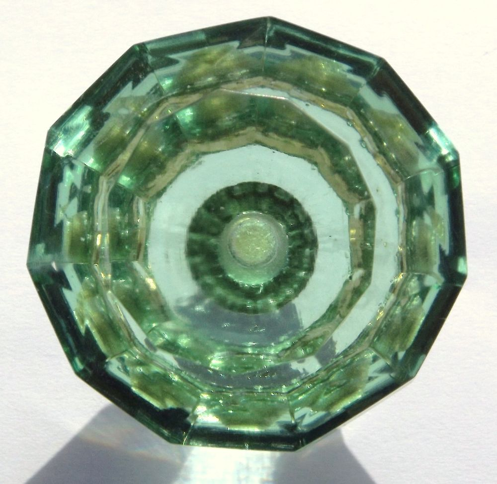 green glass door knob photo - 18
