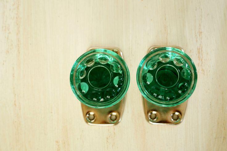 green glass door knob photo - 19