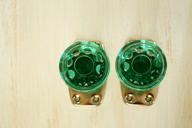green glass door knobs photo - 17