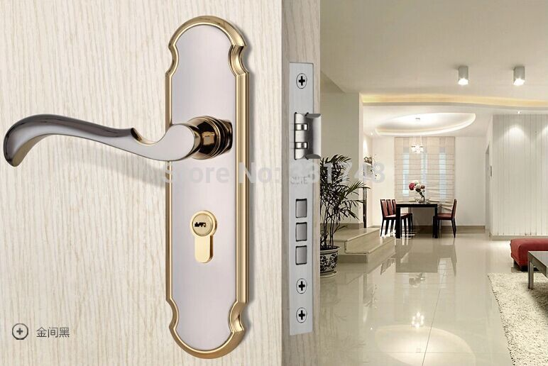 indoor locking door knobs photo - 9