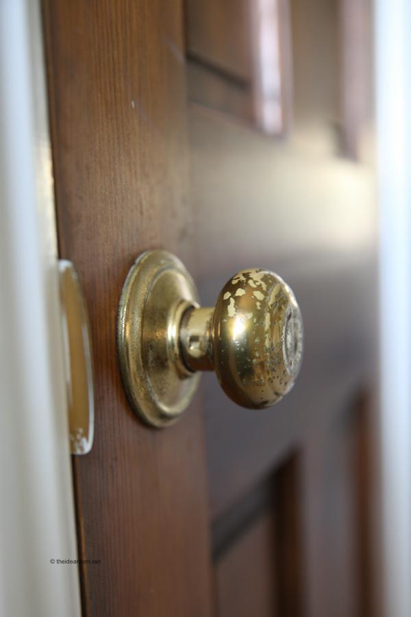 Installing door knob – Door Knobs