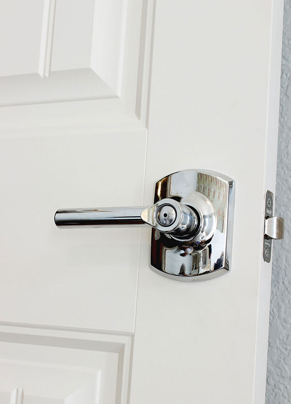 Installing Door Knob Door Knobs