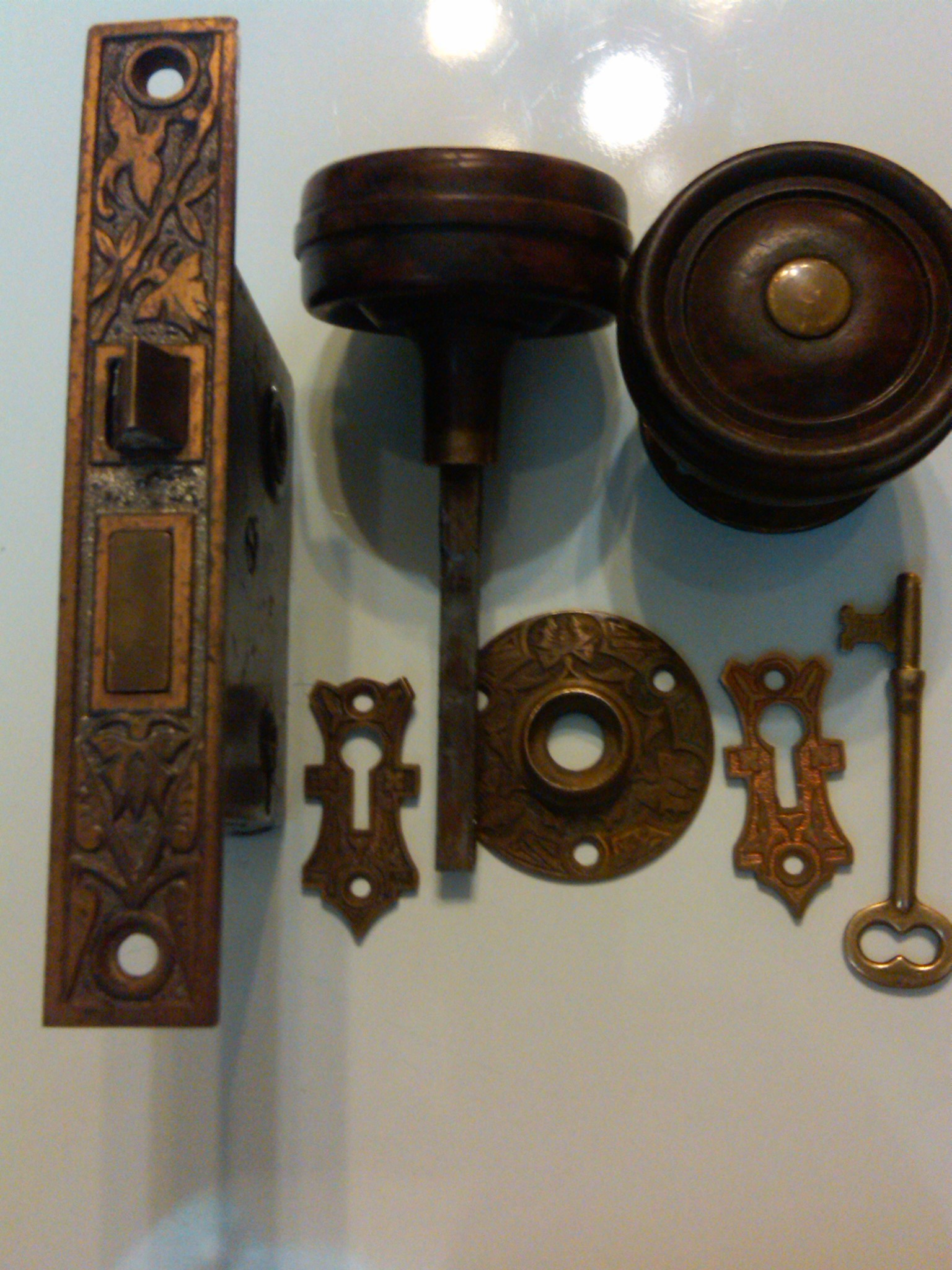 iron door knobs photo - 14