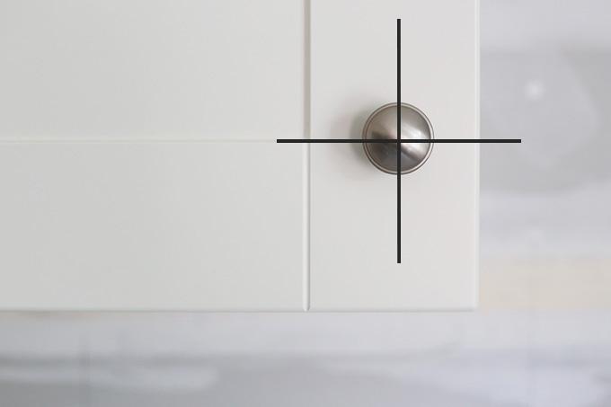 kitchen cabinet door knob placement photo - 16