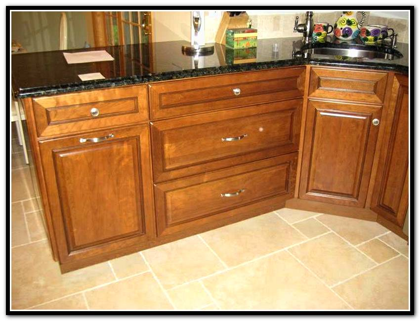 kitchen cabinets door knobs photo - 15