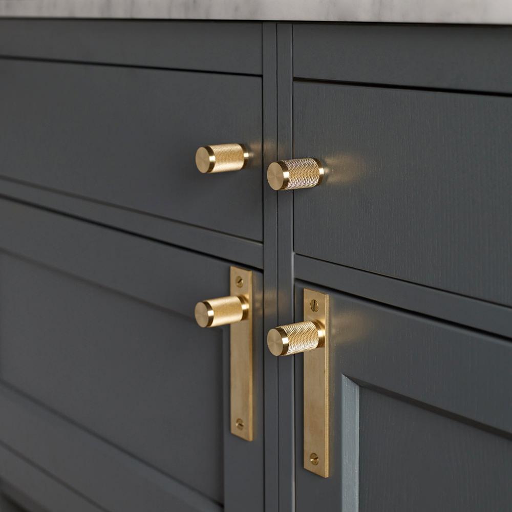 kitchen cupboard door knobs photo - 19