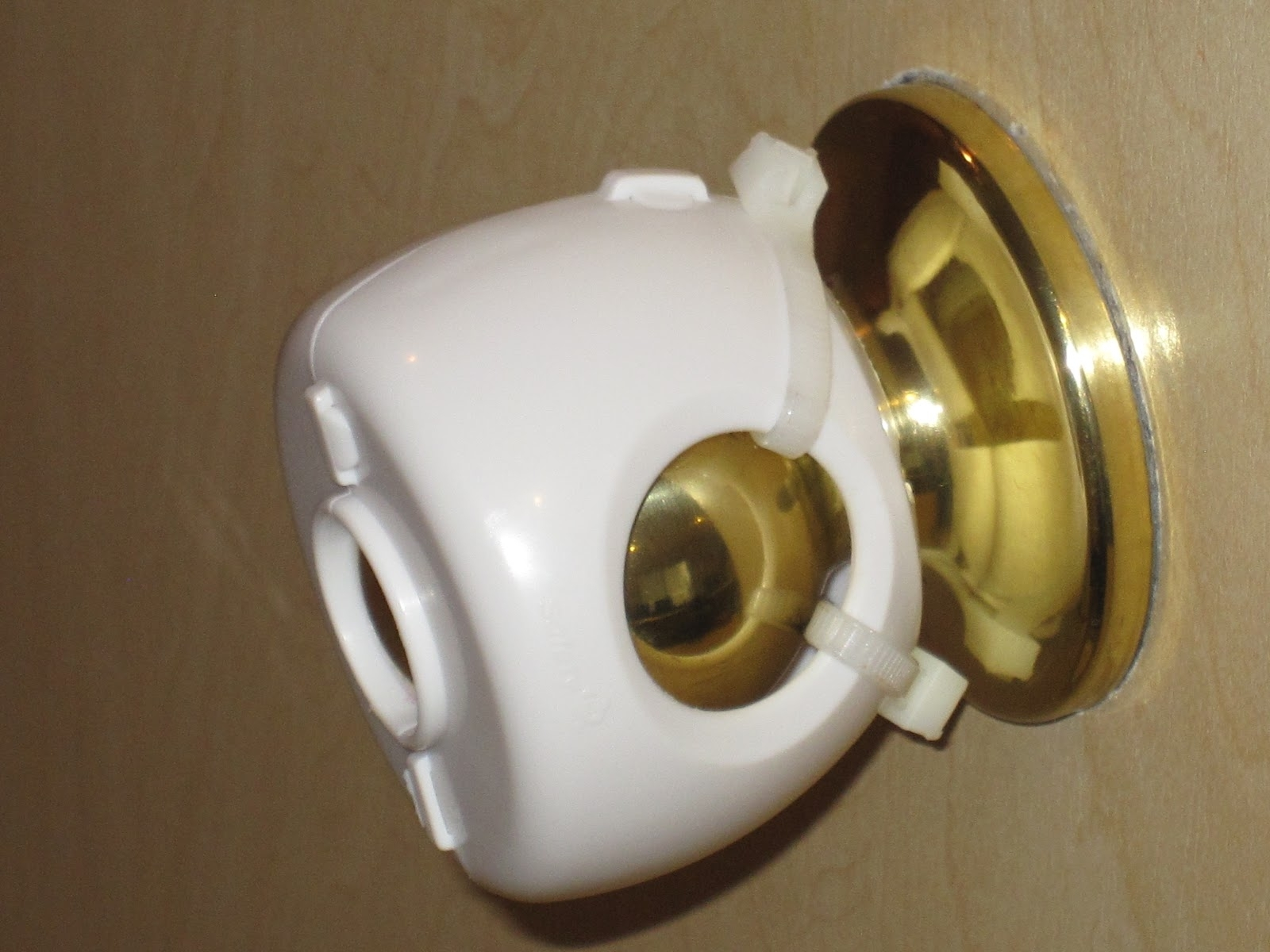 lever door knob child proof photo - 3