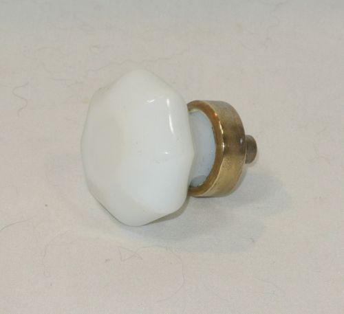 milk glass door knobs photo - 8