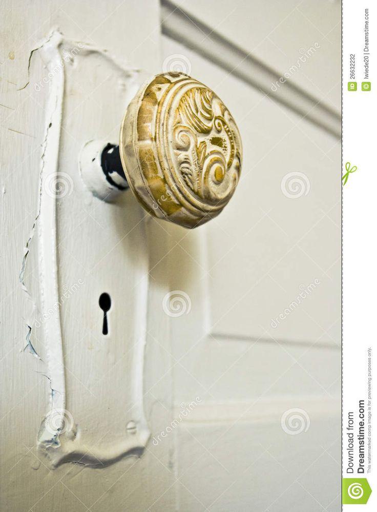 old door knob photo - 10