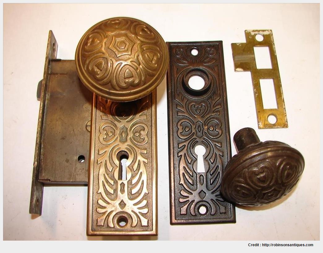 old fashion door knobs photo - 10