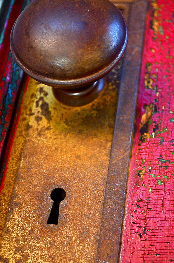 old fashioned door knob photo - 1