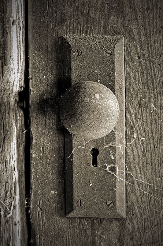 old fashioned door knob photo - 13