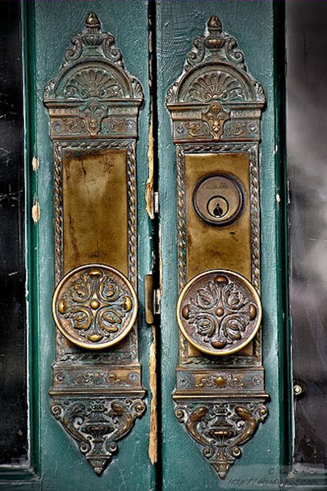 old fashioned door knobs hardware photo - 10