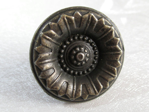 old style door knobs photo - 20