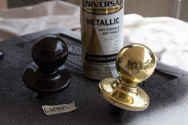 painting door knobs photo - 17