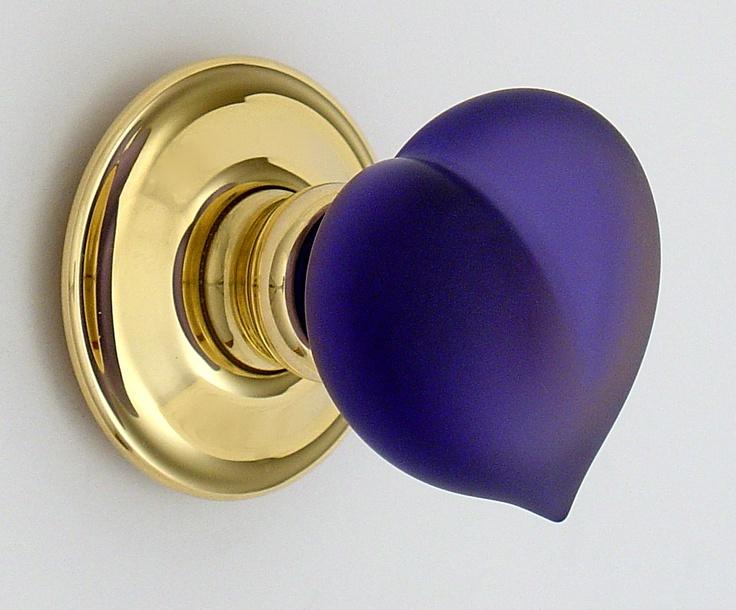 purple door knob photo - 15